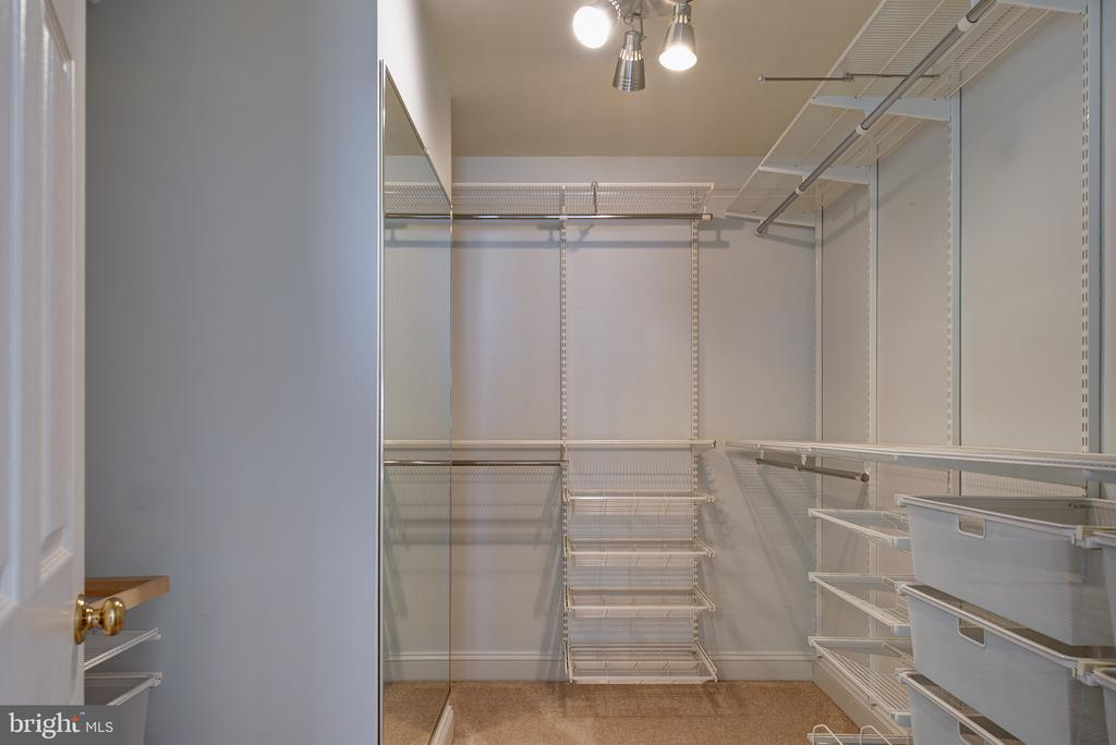 Huge Walk-in Closet - 1144 ROUND PEBBLE LN, RESTON