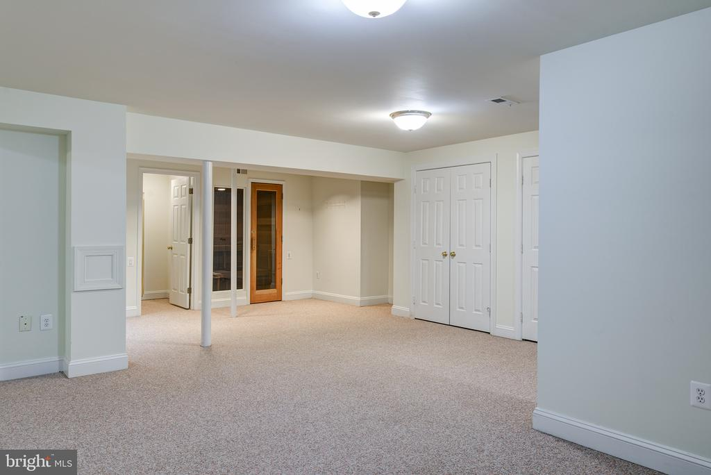Large Exercise Room - 1144 ROUND PEBBLE LN, RESTON