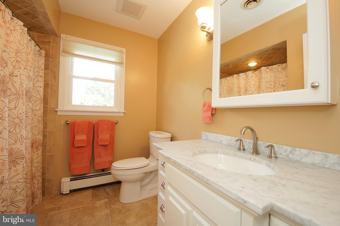 Additional photo for property listing at  Hamilton, New Jersey 08620 United States