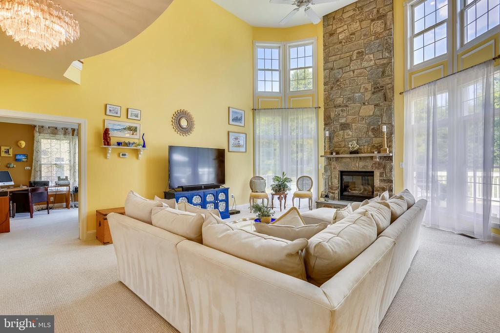 - 16813 HARBOUR TOWN DR, SILVER SPRING
