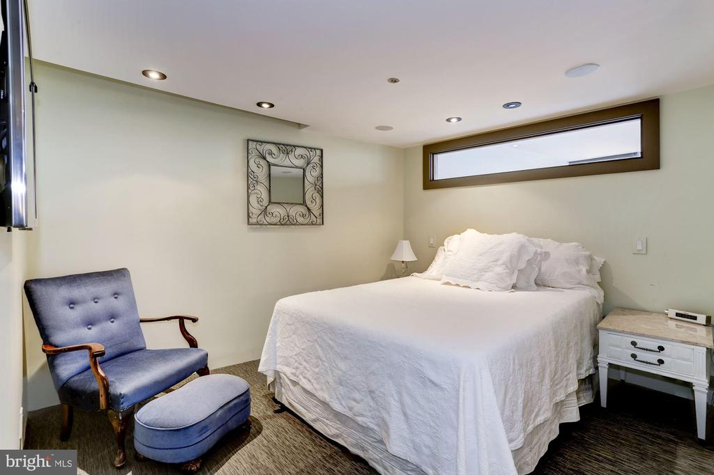 Owner Bedroom - 701 PENNSYLVANIA AVE NW #1025-1026, WASHINGTON