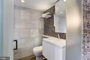 2nd full bath - 701 PENNSYLVANIA AVE NW #1025-1026, WASHINGTON