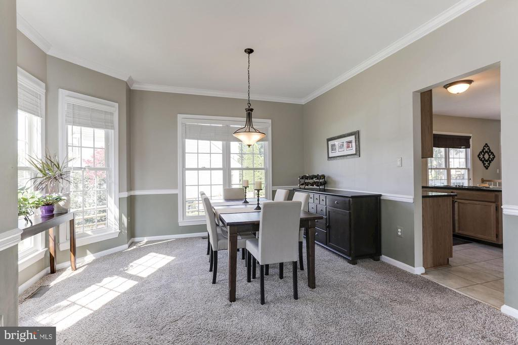 light-filled dining room! - 46626 WINTERSET CT, STERLING
