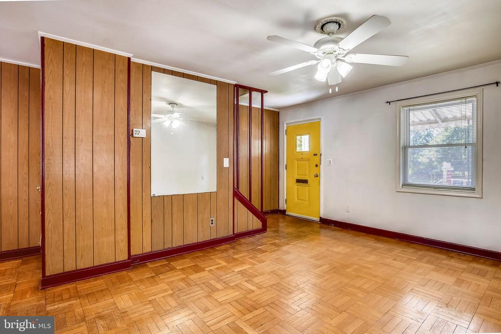 Living Room - 2031 20TH RD N, ARLINGTON