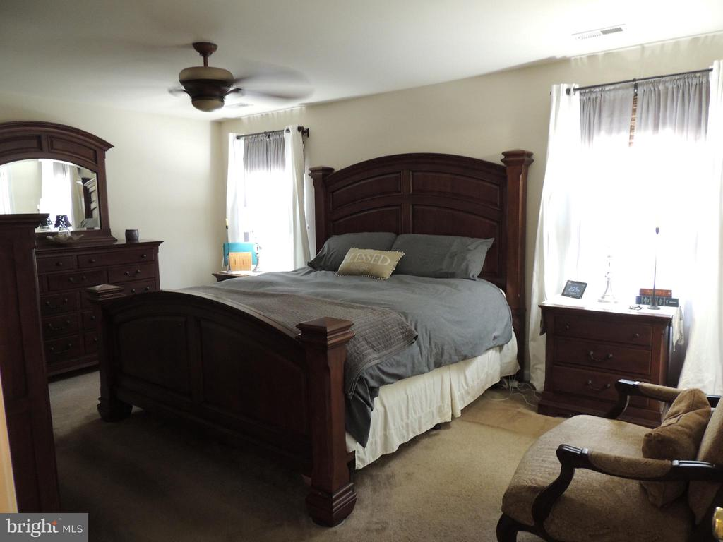 Large Master Bedroom - 12609 TOLL HOUSE RD, SPOTSYLVANIA