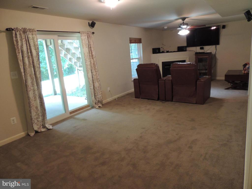 Lower Level Family Room - 12609 TOLL HOUSE RD, SPOTSYLVANIA