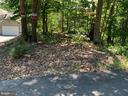 Private parking lot -2 - 17972 SWANS CREEK LN, DUMFRIES