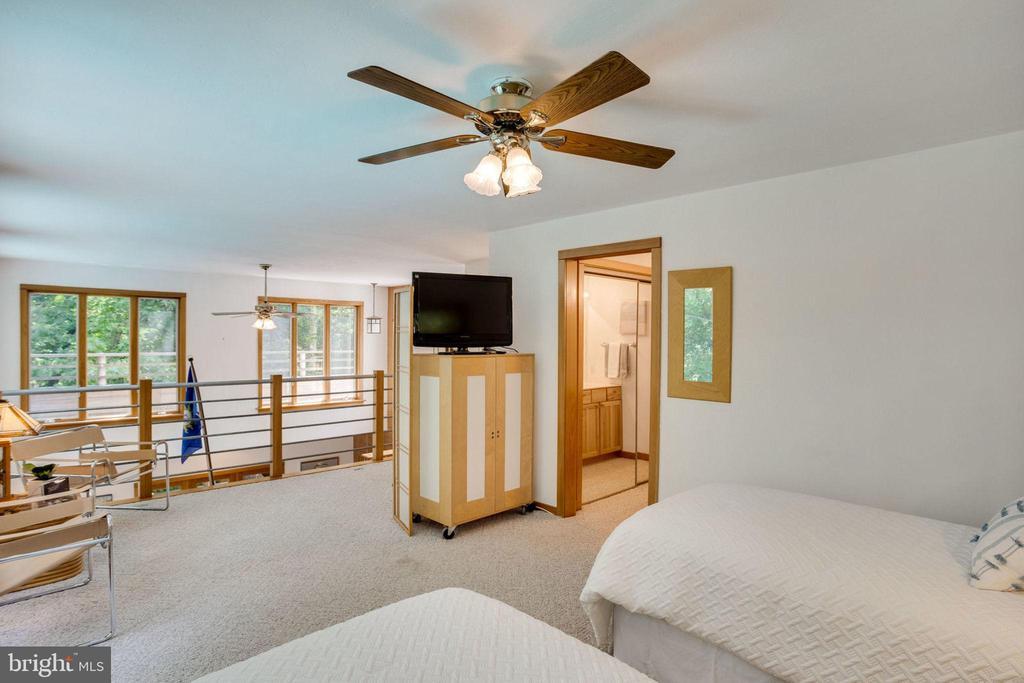 Bedroom 2 overlooks Main Living Space - 1201 KEY DR, ALEXANDRIA