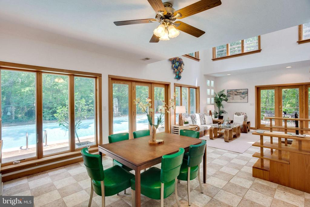 Guest House Dining overlooking Pool - 1201 KEY DR, ALEXANDRIA