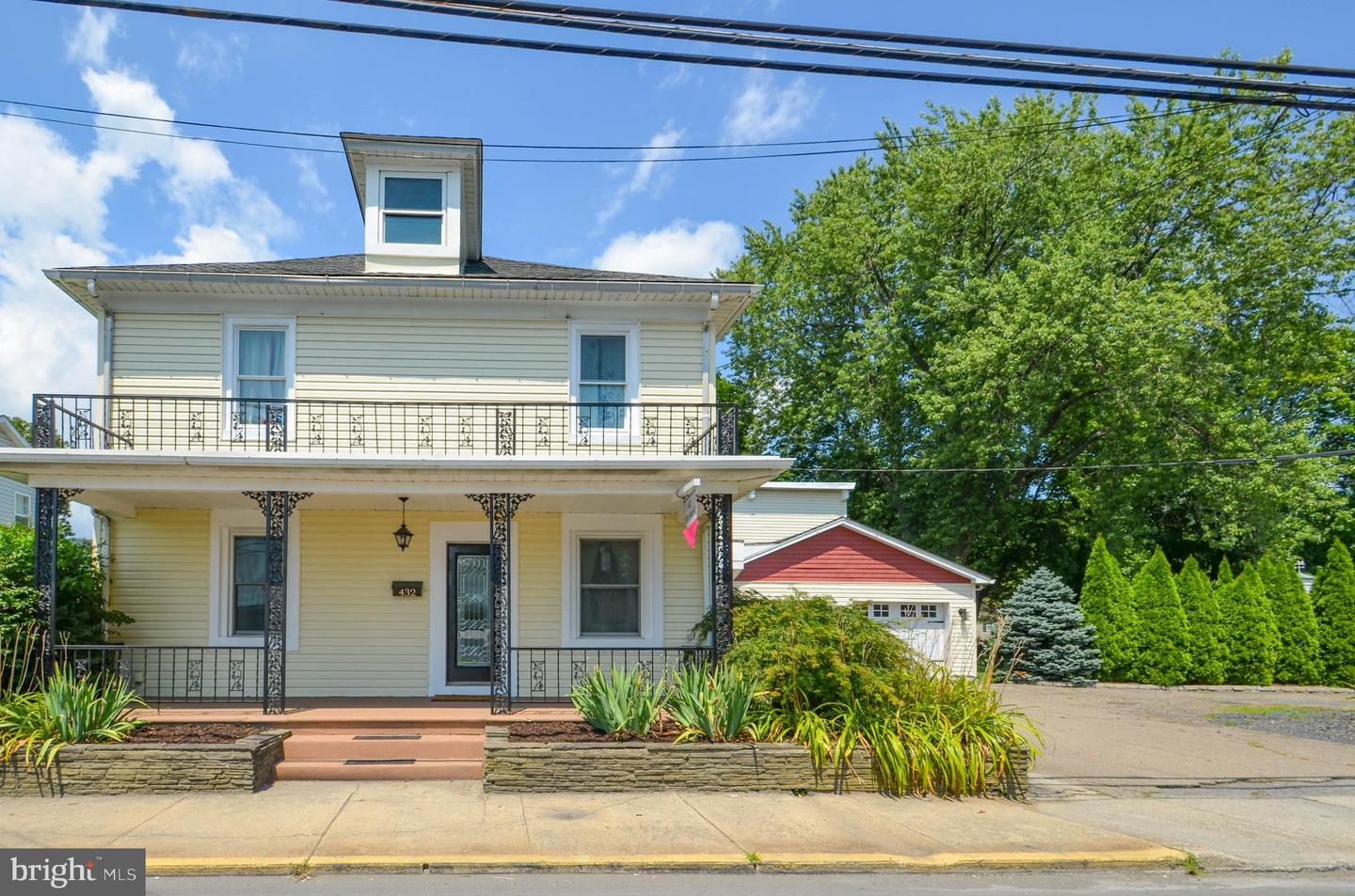 Single Family Homes for Sale at Wind Gap, Pennsylvania 18091 United States