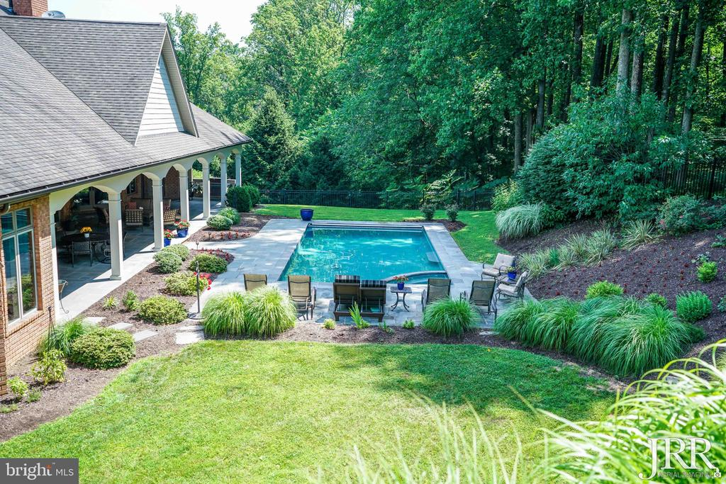 Backyard Pool w/ Wooded Views - 8544 LEISURE HILL DR, BALTIMORE