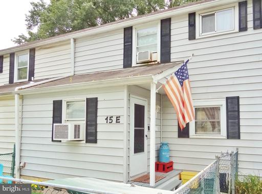 15-E LAUREL HILL RD #E