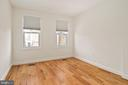 - 1226 G ST NE, WASHINGTON