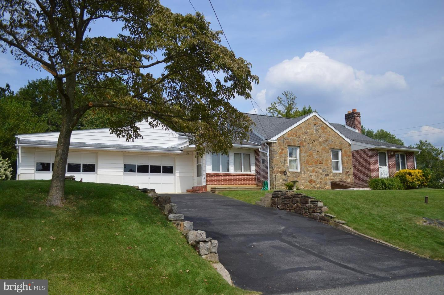 Single Family Homes for Sale at Brookhaven, Pennsylvania 19015 United States
