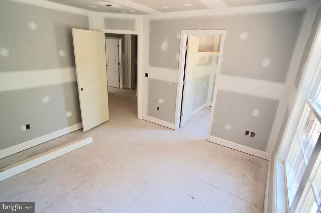 Bedroom 4 With Walk In Closet - 21 ACCOKEEK VIEW LN, STAFFORD