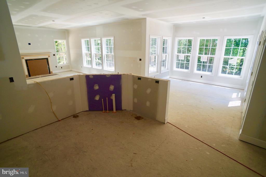 Kitchen & Breakfast Room - 21 ACCOKEEK VIEW LN, STAFFORD