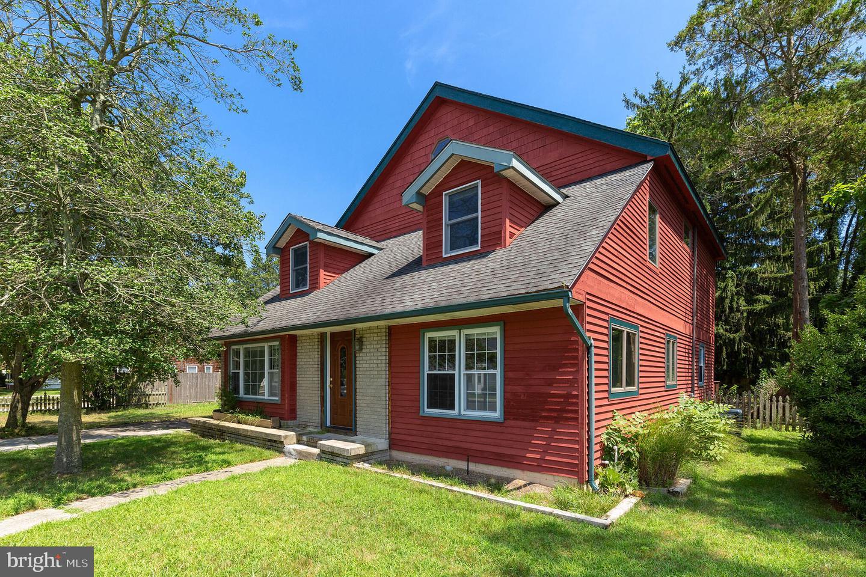 Single Family Homes pour l Vente à Linwood, New Jersey 08221 États-Unis