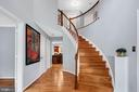 Inside this inviting 2-story foyer welcomes you - 4705 LEEHIGH CT, FAIRFAX