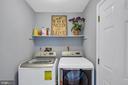 Convenient main level laundry room - 4705 LEEHIGH CT, FAIRFAX