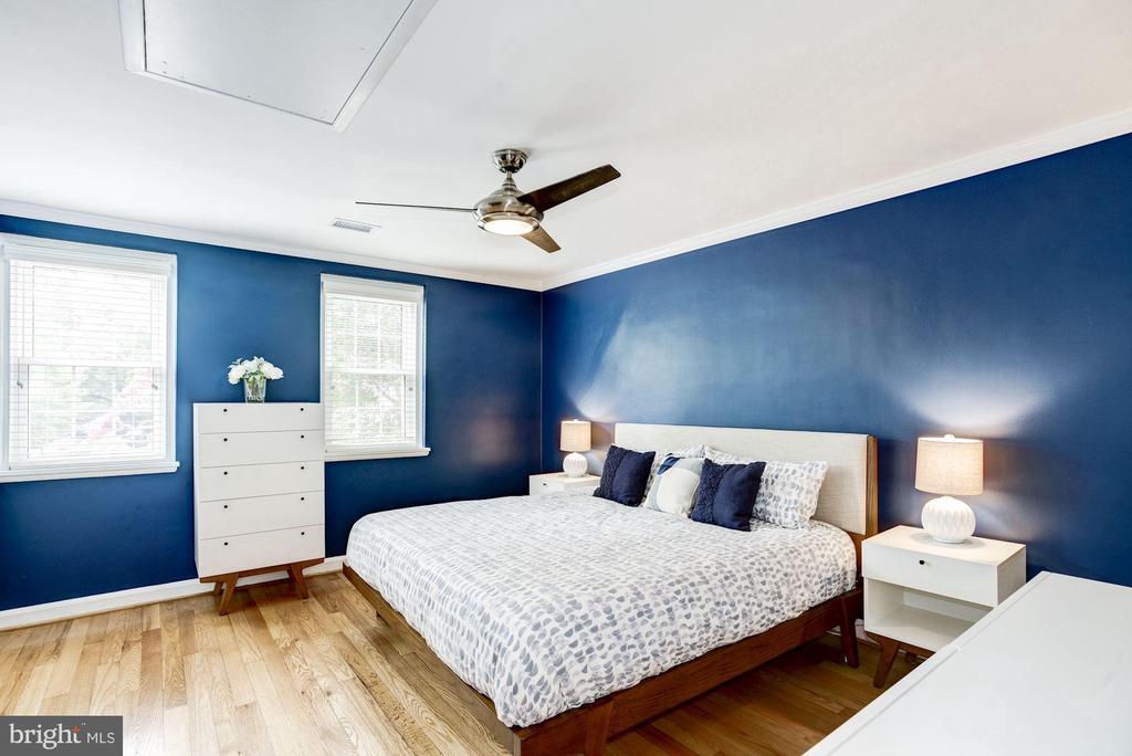 Large Master Bedroom - 3552 S STAFFORD ST, ARLINGTON