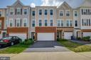 Beautiful Town home. - 24684 CAPECASTLE TER, ALDIE