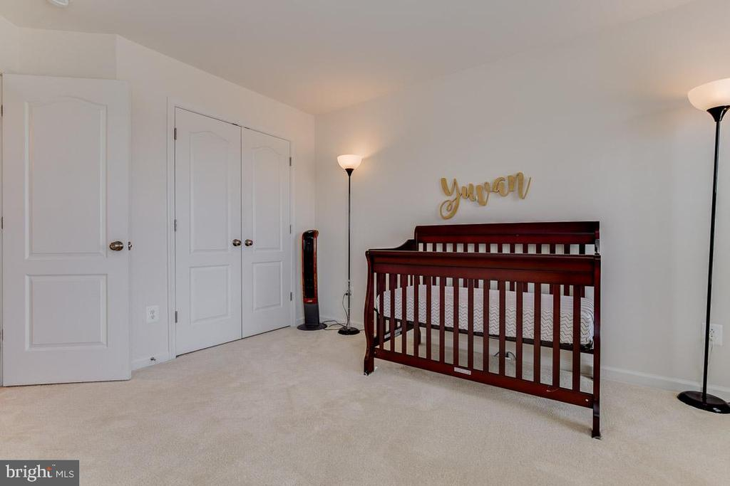 Bedroom one. - 24684 CAPECASTLE TER, ALDIE