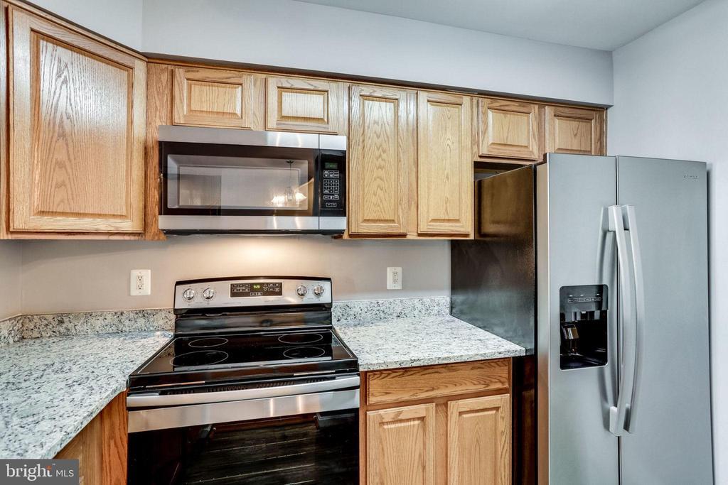 Kitchen - 3822 DEVIL TREE CT #14-B, HYATTSVILLE