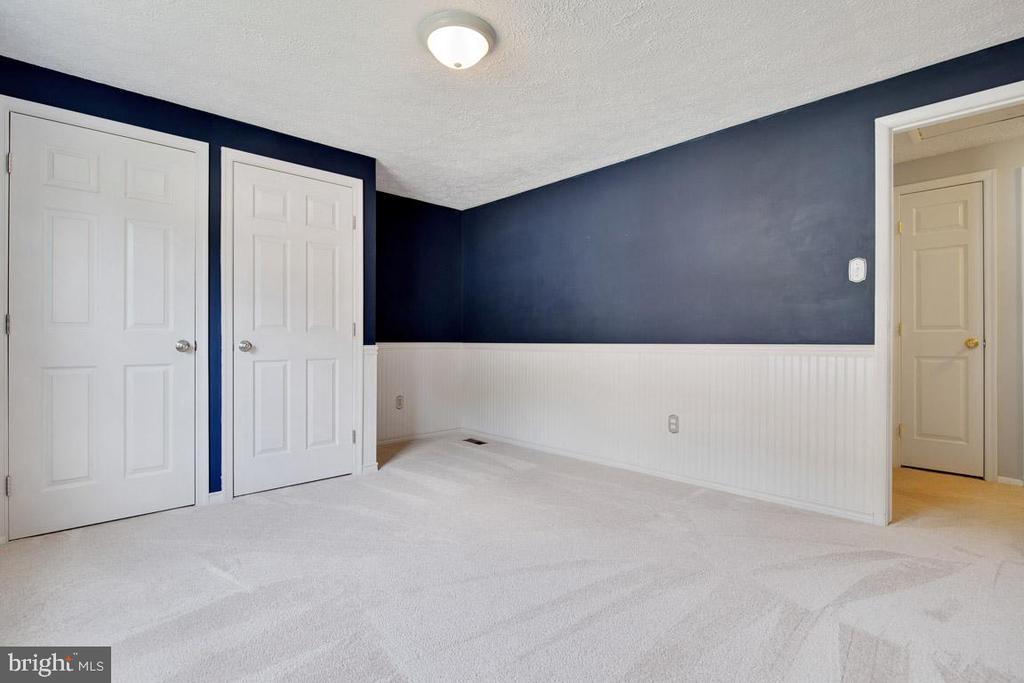 2-huge closets and a nook for a dresser - 8419 RAINBOW BRIDGE LN, SPRINGFIELD