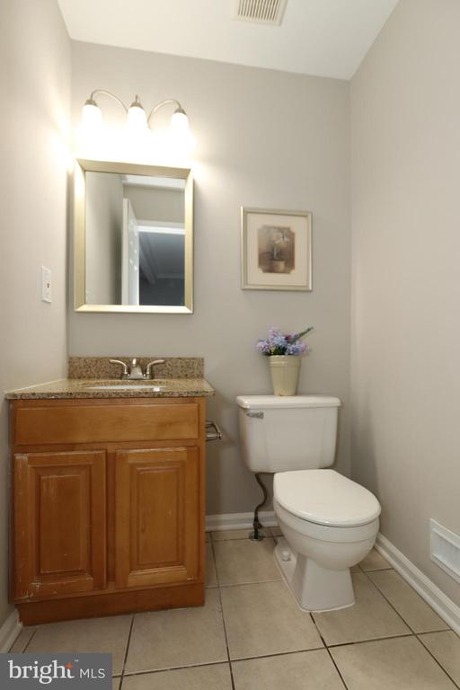 Powder Room on Middle Level - 21872 MAYWOOD TER, STERLING