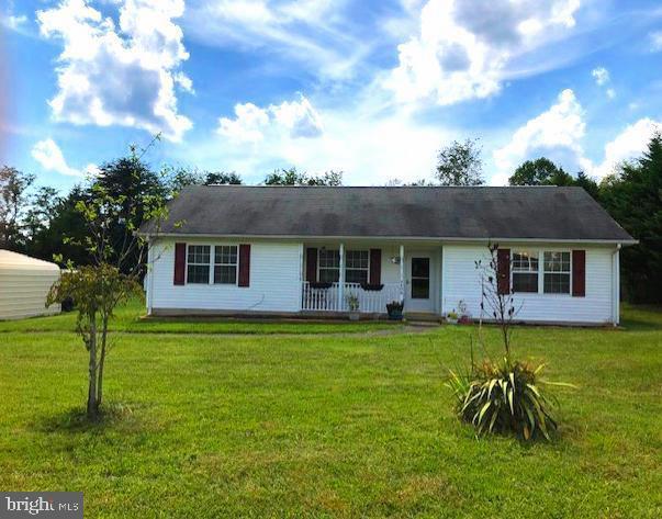 Single Family Homes للـ Sale في Rhoadesville, Virginia 22542 United States