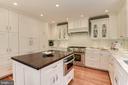 Renovated kitchen with island - 1739 N WAKEFIELD ST, ARLINGTON