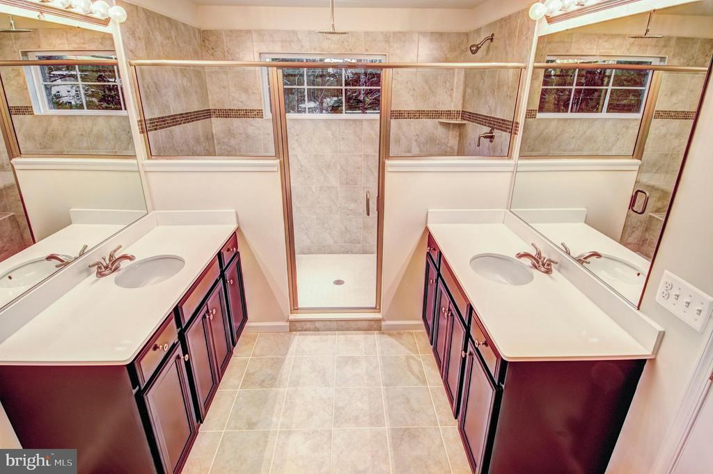 luxury bath with large walk in shower - 6324 JOSLYN PL, CHEVERLY