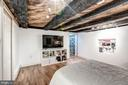 Original beams! - 301 E MARSHALL ST, MIDDLEBURG