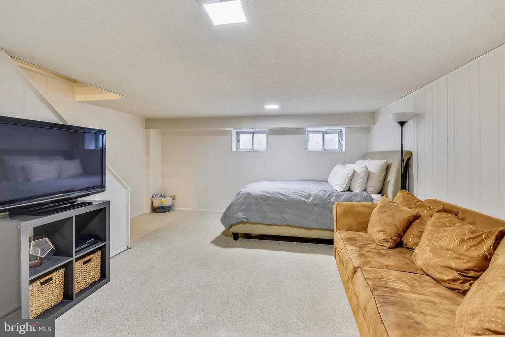 Used as a guest bedroom - 3021 S BUCHANAN ST, ARLINGTON
