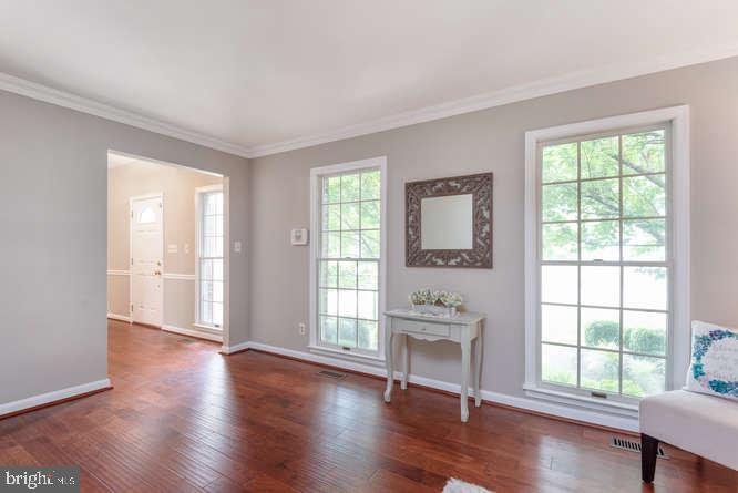 2 large windows in living room off of foyer - 30 BRIDGEPORT CIR, STAFFORD