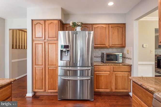 Tall pantry and microwave nook - 30 BRIDGEPORT CIR, STAFFORD