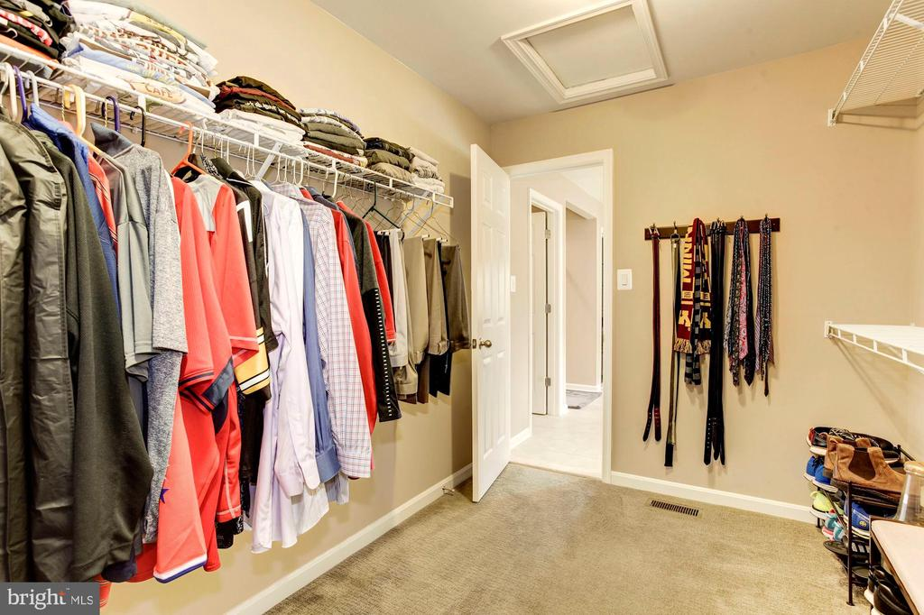 MASTER BEDROOM FEATURES TWO WALK-IN CLOSETS! - 8717 LIBEAU DR, MANASSAS