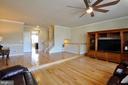 Family Room - Open Floor Plan, Hardwood Floors - 41 NIDAY DR, STAFFORD