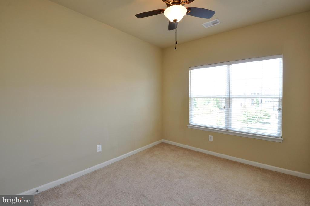 All Bedrooms Have Ceiling Fans - 41 NIDAY DR, STAFFORD
