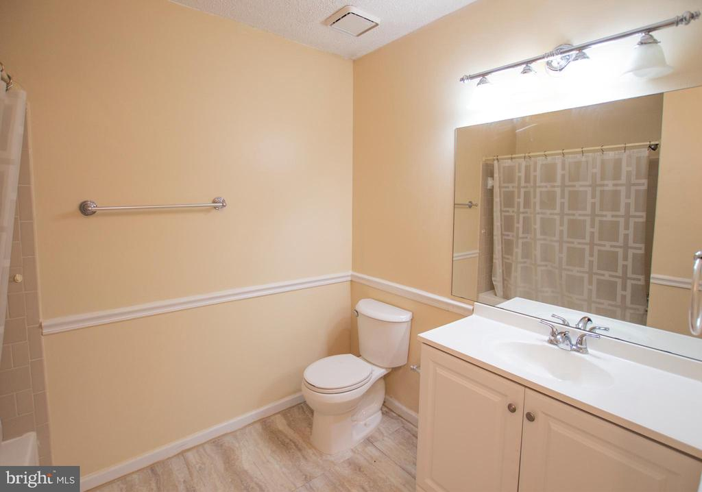 Bathroom - 20958 TIMBER RIDGE TER #104, ASHBURN