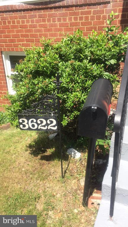 - 3622 DIXON ST, TEMPLE HILLS