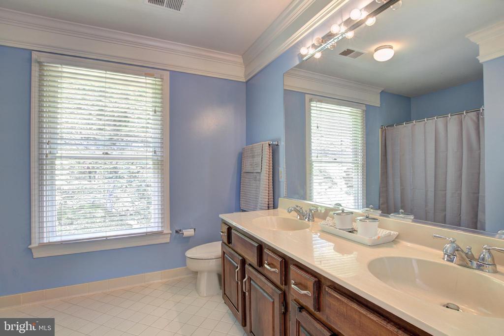 Upper level hall bathroom w/double sinks. - 12208 FAIRFAX STATION RD, FAIRFAX STATION