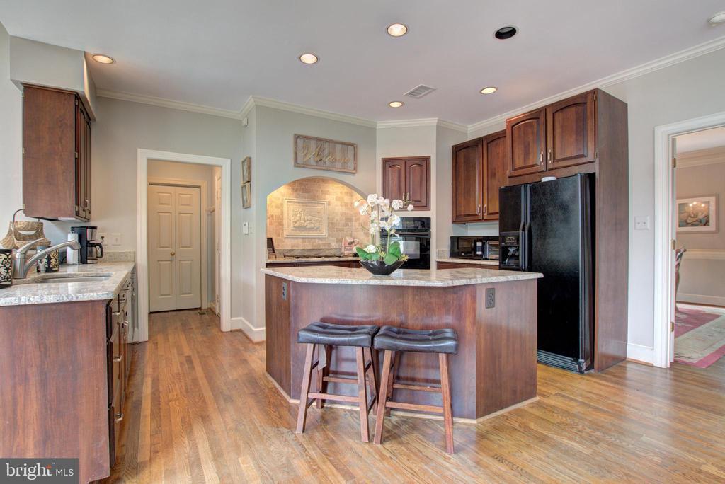 Kitchen has tons of cabinets - 12208 FAIRFAX STATION RD, FAIRFAX STATION