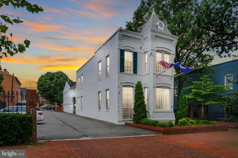 Single Family Homes للـ Sale في 607 & 609 S WASHINGTON Street, Alexandria, Virginia 22314 United States