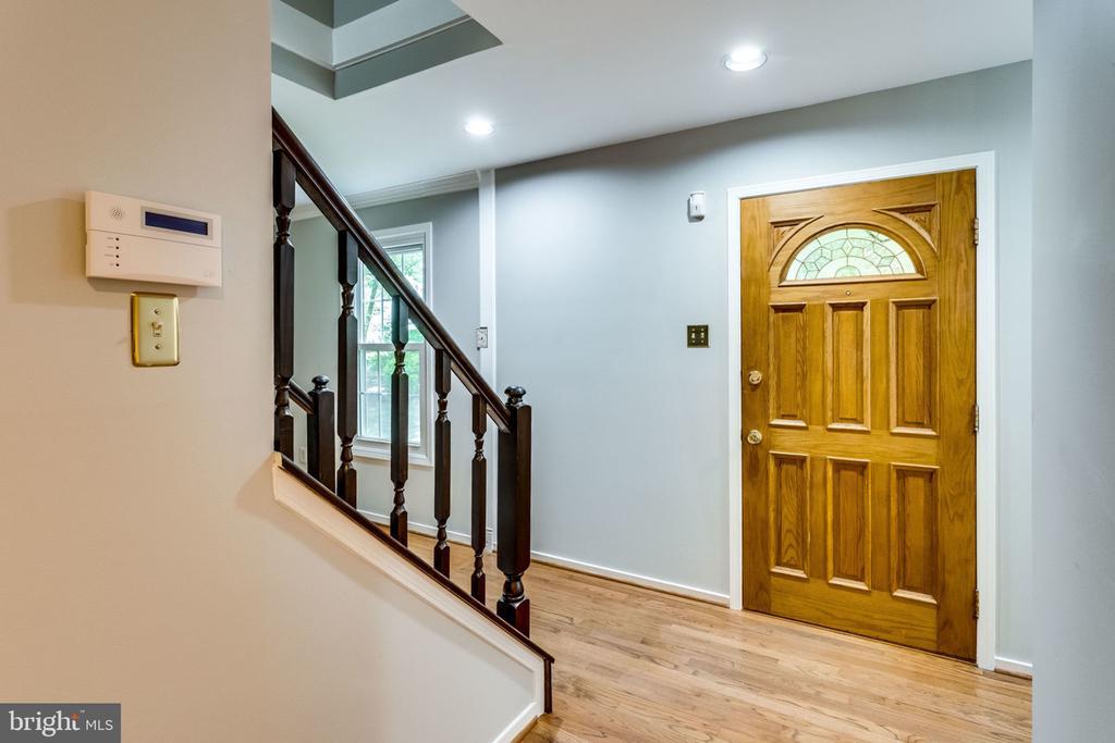 Foyer - 9101 HUBER CT, BURKE