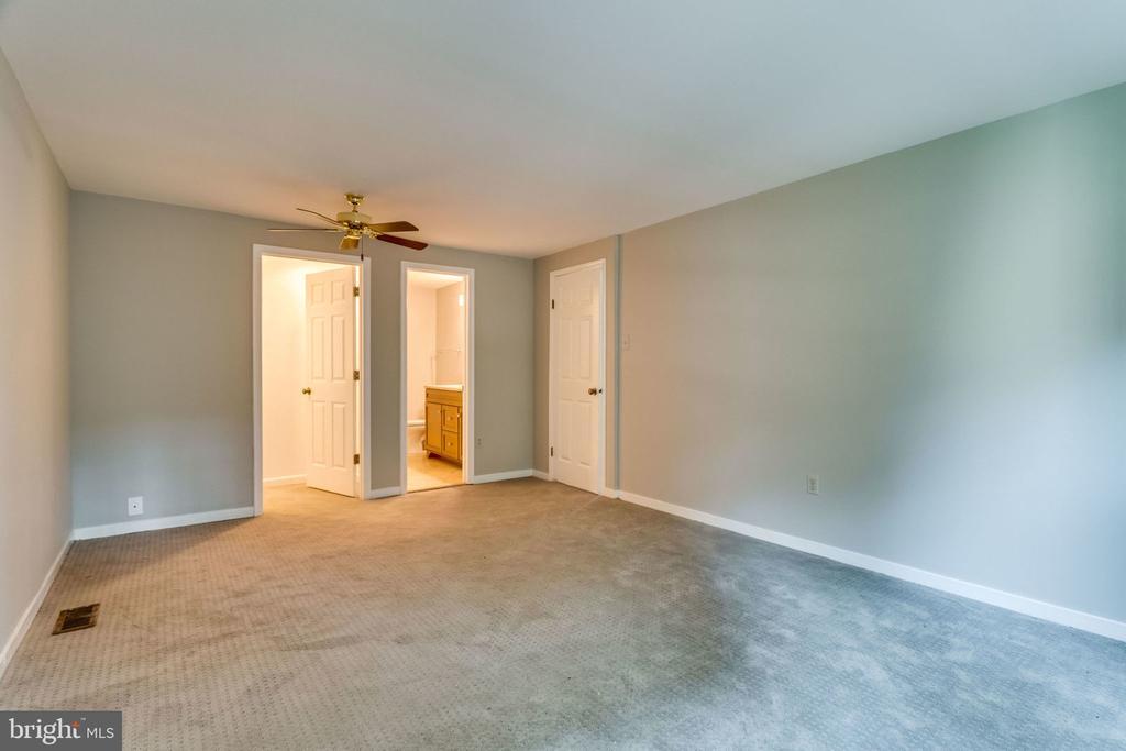Master Bedroom - 9101 HUBER CT, BURKE