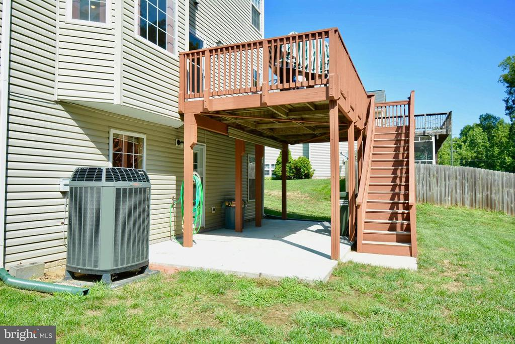 PATIO OFF THE REC ROOM, NEWER HVAC - 35 BLOOMINGTON LN, STAFFORD