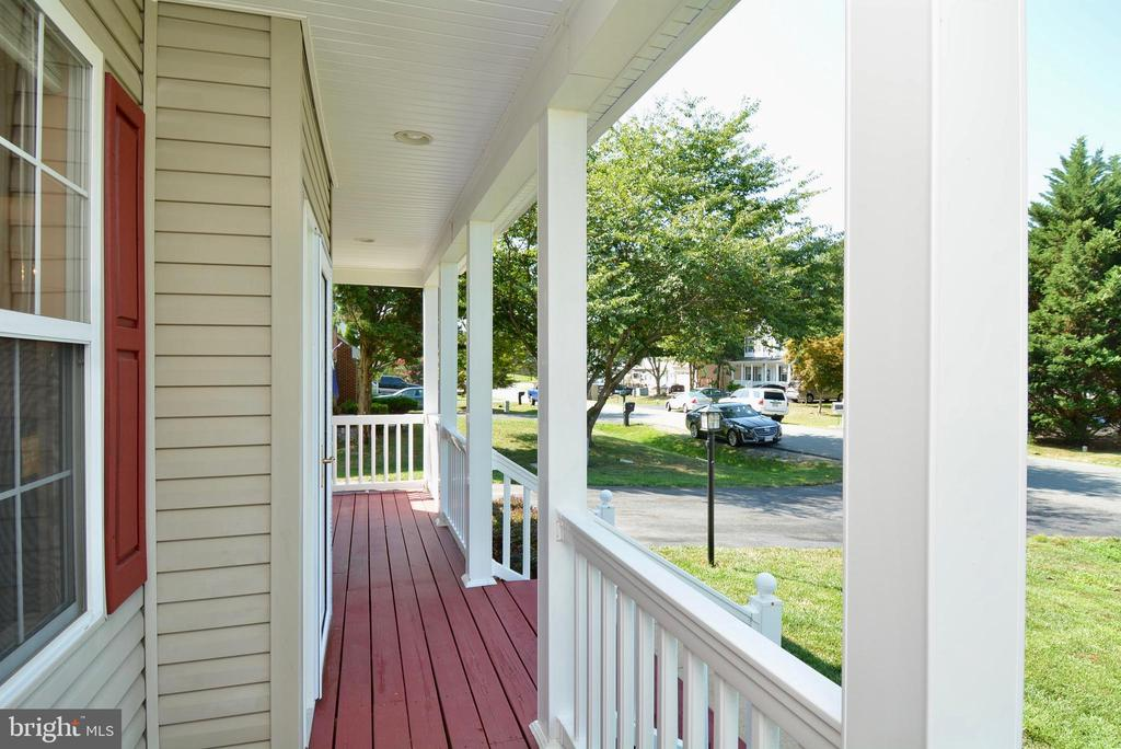 INVITING FRONT PORCH WITH VINYL BANISTERS - 35 BLOOMINGTON LN, STAFFORD