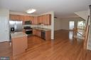 Open Kit/Breakfast/DR/LR Floor Plan w/9' Ceiling. - 15704 LANSDALE PL, DUMFRIES
