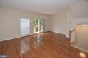 Spacious Living Room with access to the rear Deck. - 15704 LANSDALE PL, DUMFRIES
